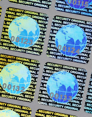 "Holographic Security Labels ""Globe"" – 15 x 15 mm with serial number"