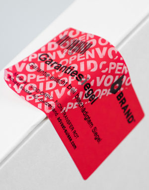 VOID OPEN Security Label non transfer red