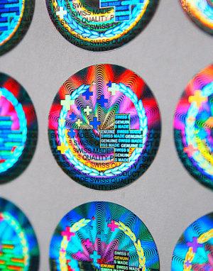 Hologramm-Etiketten Swiss Made
